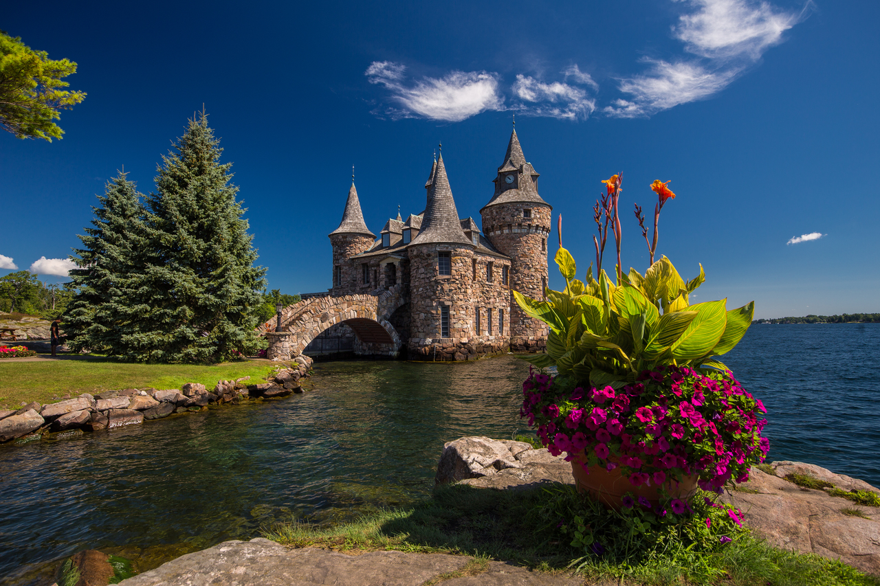 Boldt-Castle-Thousand-Islands-20_249e63ad-067e-45c4-383ccbcf98e38b7c